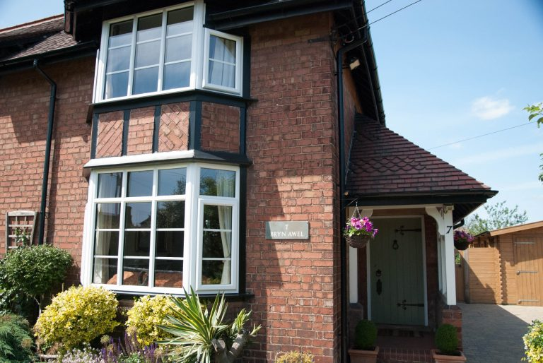 The Benefits of Double Glazing on Finance